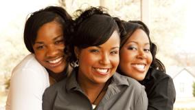 102813-health-black-women-lupus-friends.jpg.png